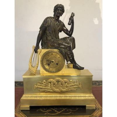 Pendule Empire  à l'Apollon Signée Ravrio