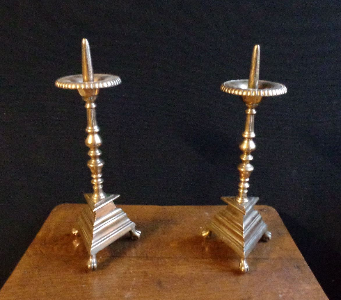 Pair Of Picnic Candle In Bronze XVII