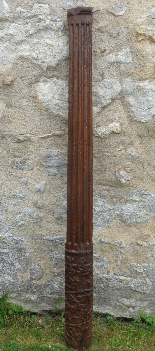 Colonne En Chène sculpté d'époque Renaissance