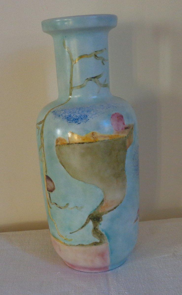 Ancien Vase En Opaline Peinte A Décor Surréaliste