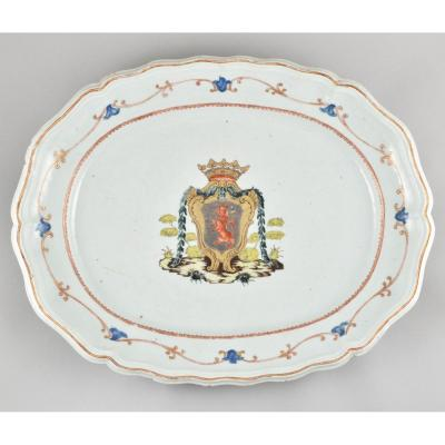 A Very Large Chinese Dish With The Coat-of-arms Of Count Gustav Tessin. China. Qianlong Period