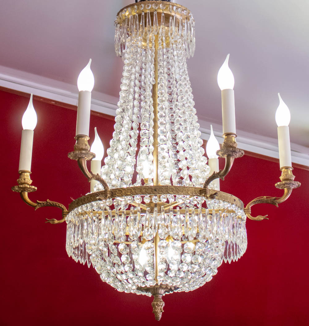 Chandeller In Crystal And Bronze Chiseled With Ten Lights, Restored