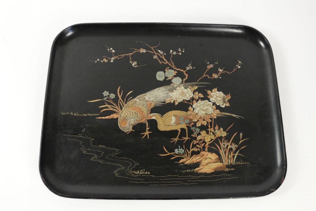Plateau en carton bouilli à décor d'oiseaux 19ème