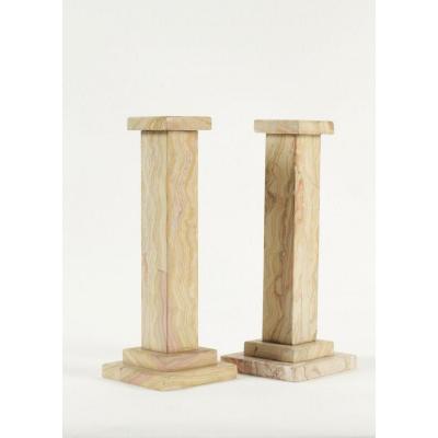 Paire de petites colonnes en marbre