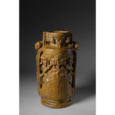 Georges Hoentschel, Large Vase With Coulure In Sandstone, Signed. Circa 1900.