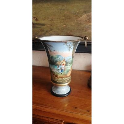 Vase En Faïence Du 19ème Motif Orientaliste
