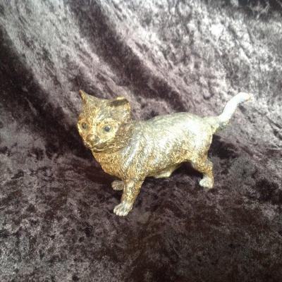 Chat en Bronze de Vienne signé  Geschutz sous la queue, XIXeme