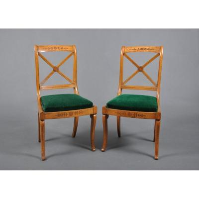 Paire de chaises d'époque Charles X en frêne.