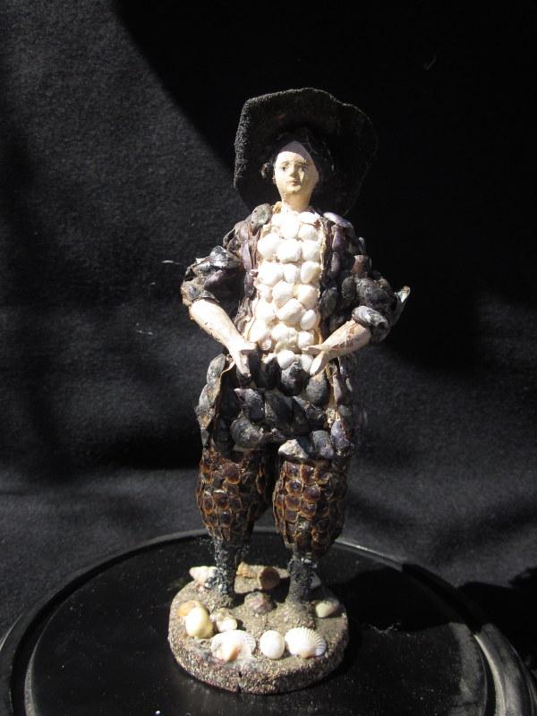 Paludier  rare statuette En Coquillages  19e Siècle