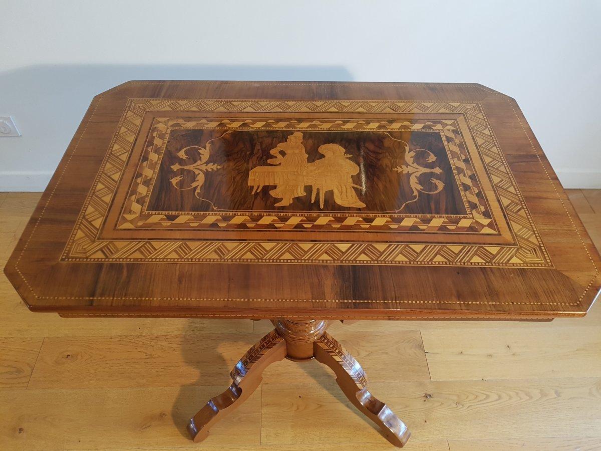 XIXth Pedestal Table