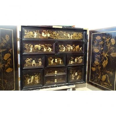 Lacquered Cabinet Japan Nineteenth