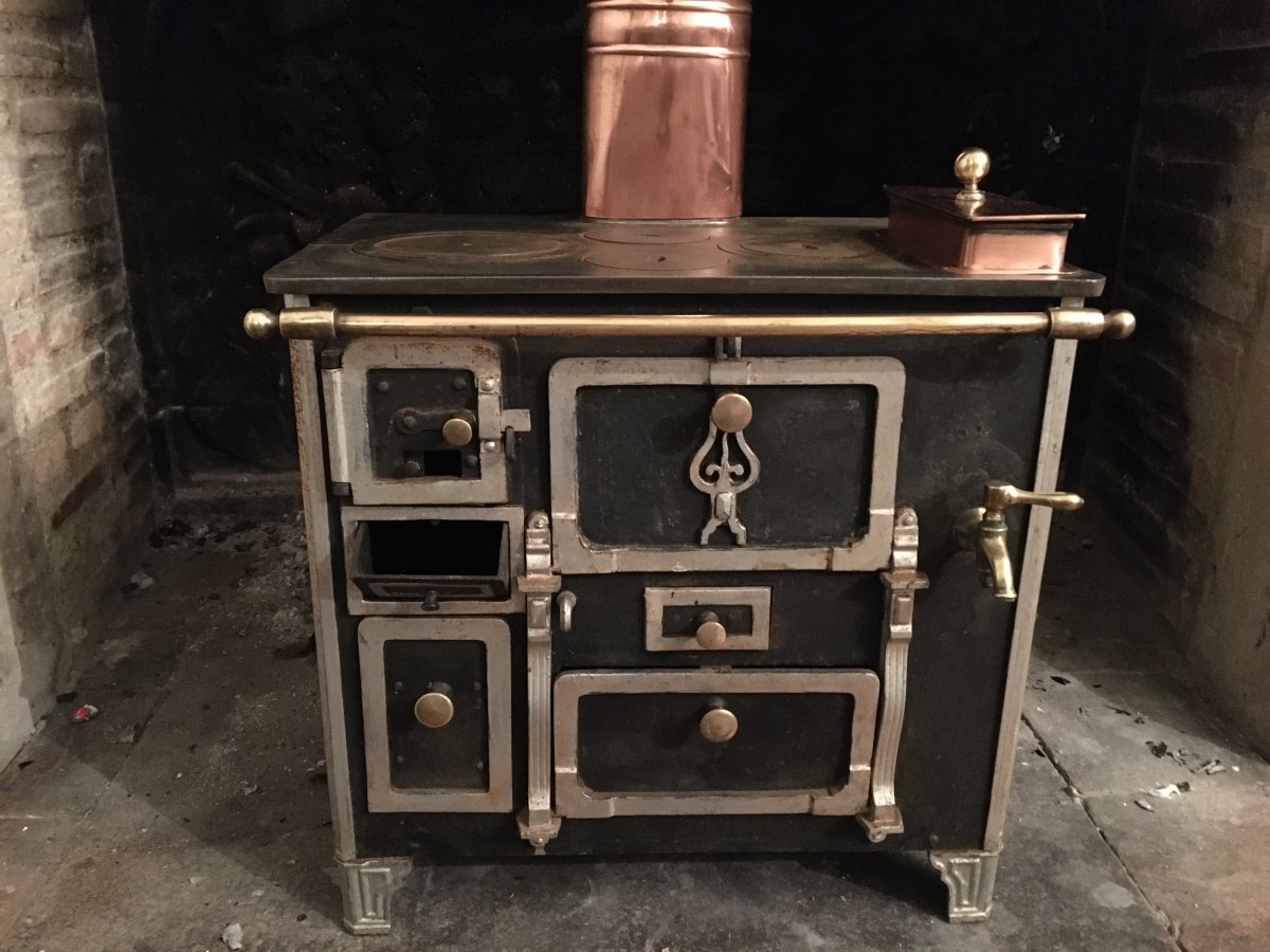 Miniature Cooker