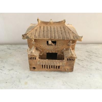 Maison Miniature En Terre Cuite - Epoque Han