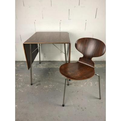 Table + 1 Chaise Ant Par Arne Jacobsen En Palissandre