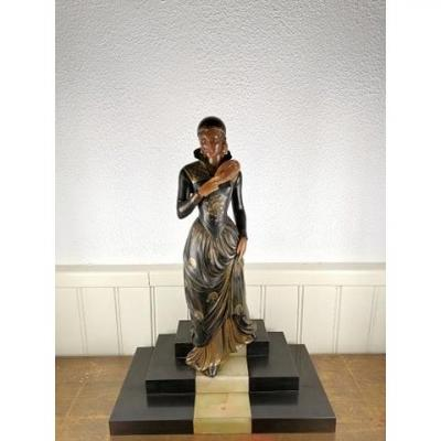 Sculpture Woman Art Deco Chryséléphantine XXth Century Signed Menneville