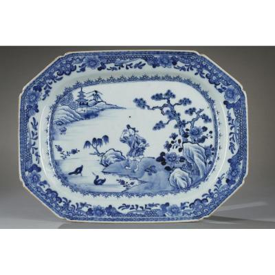 Chine: Plat En Porcelaine Période Qianlong 1736 - 1795