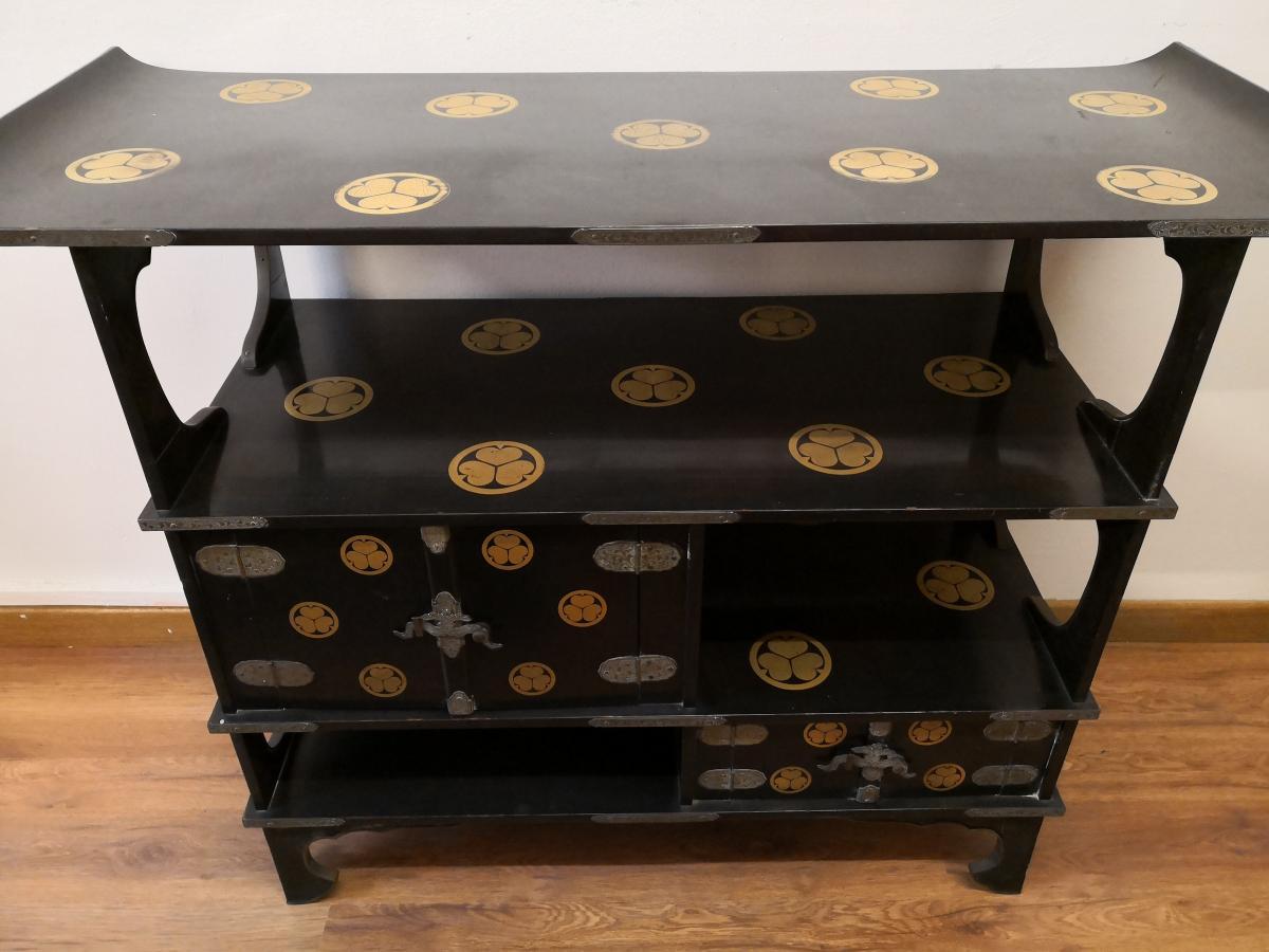 Meuble shodana laqu japon poque meiji autres meubles for Meubles du japon