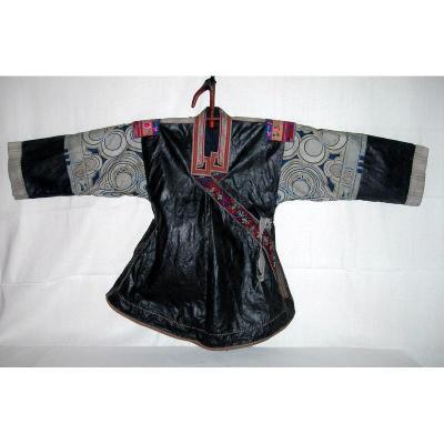 MIAO, Sud ouest de la Chine, Veste de femme de fête en coton et soie