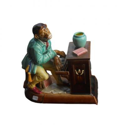 Sarreguemines, Pot à Tabac Représentant Un Singe Jouant Du Piano, Vers 1880.