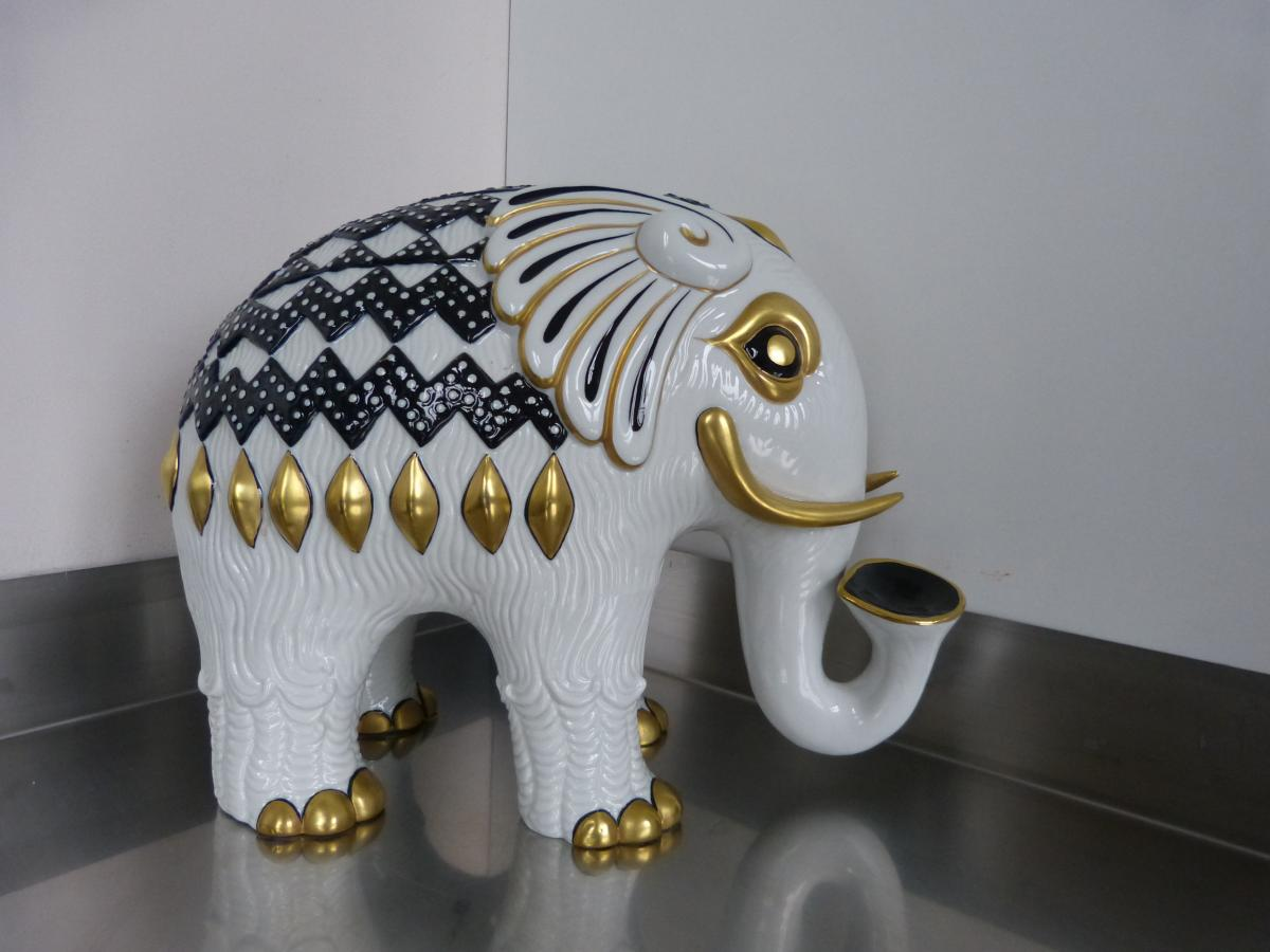 Mangani, Italie, Éléphant En Porcelaine époque XXème Siècle