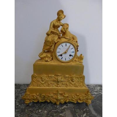 Pendule Romantique En Bronze Doré époque Restauration