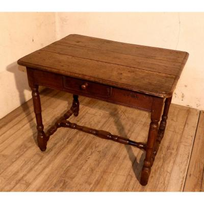 Small Lorraine Table In Oak 18th