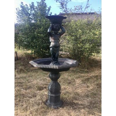 Importante Fontaine De Jardin En Fonte Avec Vasque