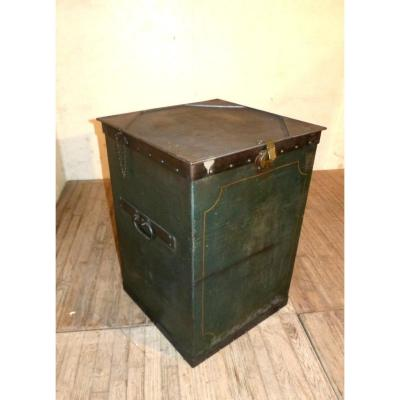 Riveted Lacquered Sheet Metal Workshop Chest