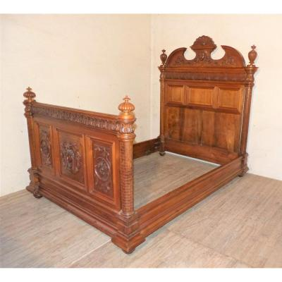 Renaissance Walnut Bed 19th Time