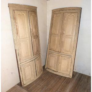 Pair Of Corner Woodwork 18th Fir Corner