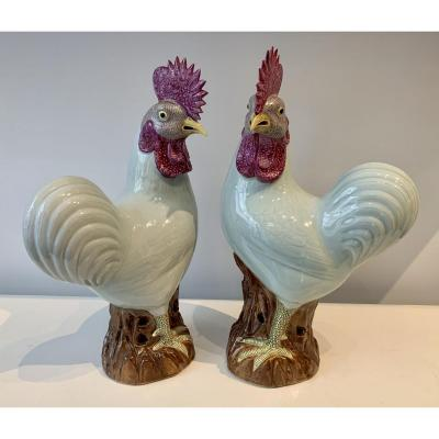 Pair Of Enameled Porcelain Roosters, China, Qing Dynasty, XIXth Century