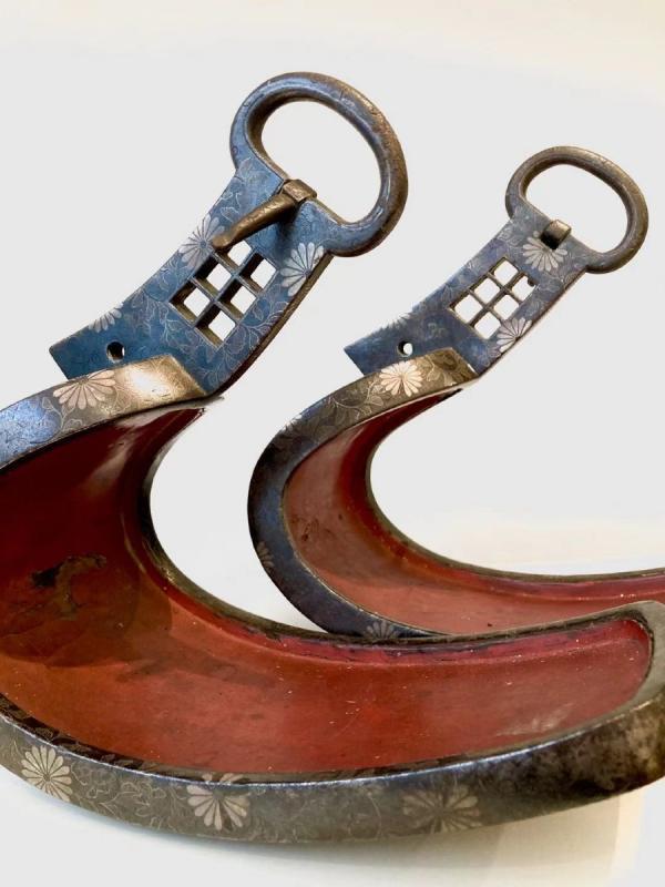 Paire d'Abumi (étriers) En Fer Et Incrustations d'Argent. Japon, XVIIIème -XIXème Siècle-photo-4