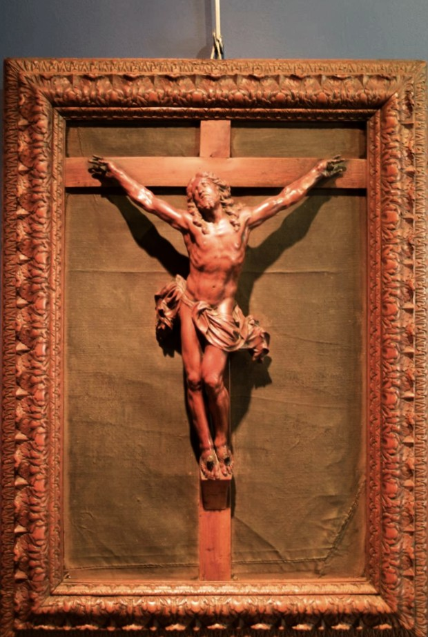 """Christ en """"bois de Bagard"""", atelier Nancéen, fin XVIIe Siècle"""