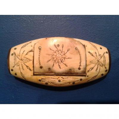 Engraved Horn Snuffbox, Folk Art, XIXth Century