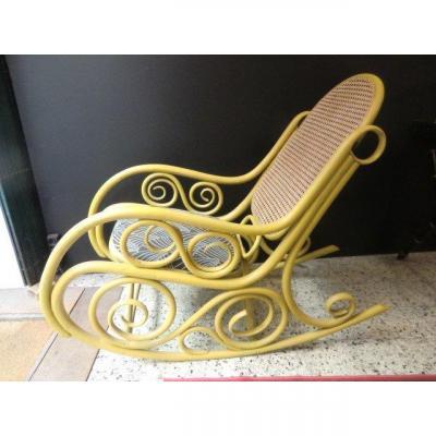 Rocking Chair En Bois Courbé Et Canné Style Thonet Époque 1900 Style Art Nouveau