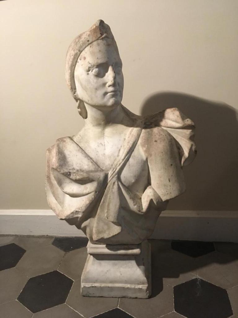 Buste De Mars En Marbre Blanc . Italie XVIII Siecle