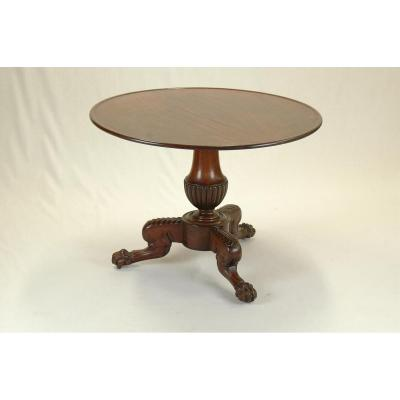 Pedestal Table In Mahogany