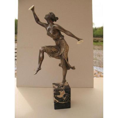 Henry Fugère (1872-1944), Isadora Duncan en ménade grecque, Sculpture Chryséléphantine