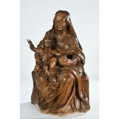Madonna And Child Sitting In Walnut - 17th Century French Work