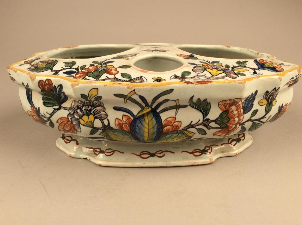 Holder Cruet In Earthenware Decorated De Rouen XVIII Century