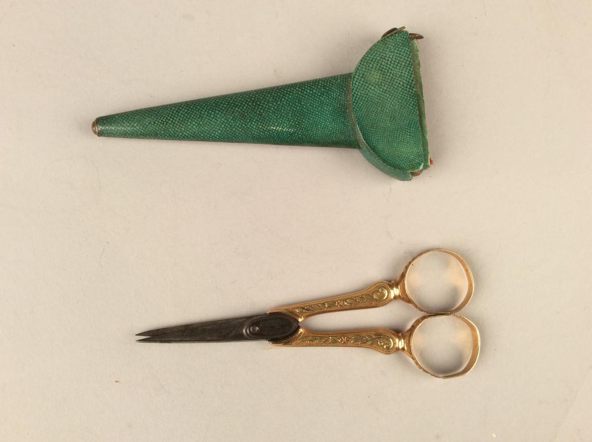 Paire de Ciseaux en or et acier 1798-1809