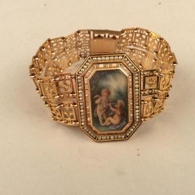 Gold Bracelet, Fine Beads And Miniature Early 20th Century
