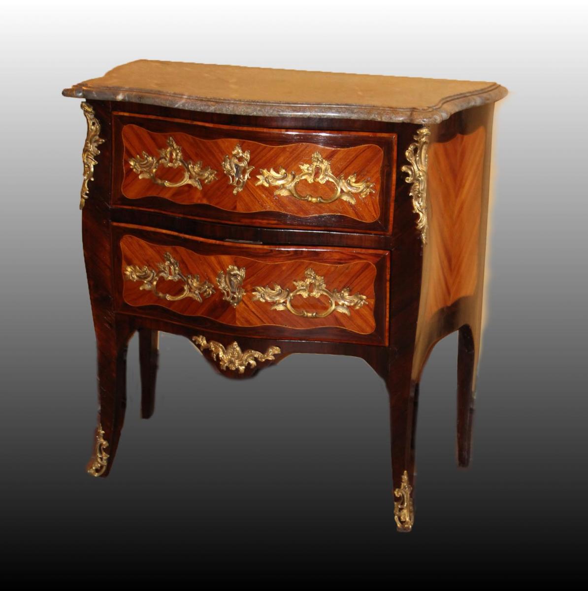 Commode « Sauteuse » D'époque Louis XV