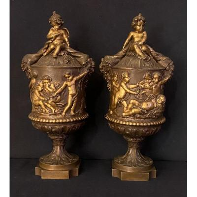 Clodion, Pair Of Covered Vases With Putti, Bronze 19th.