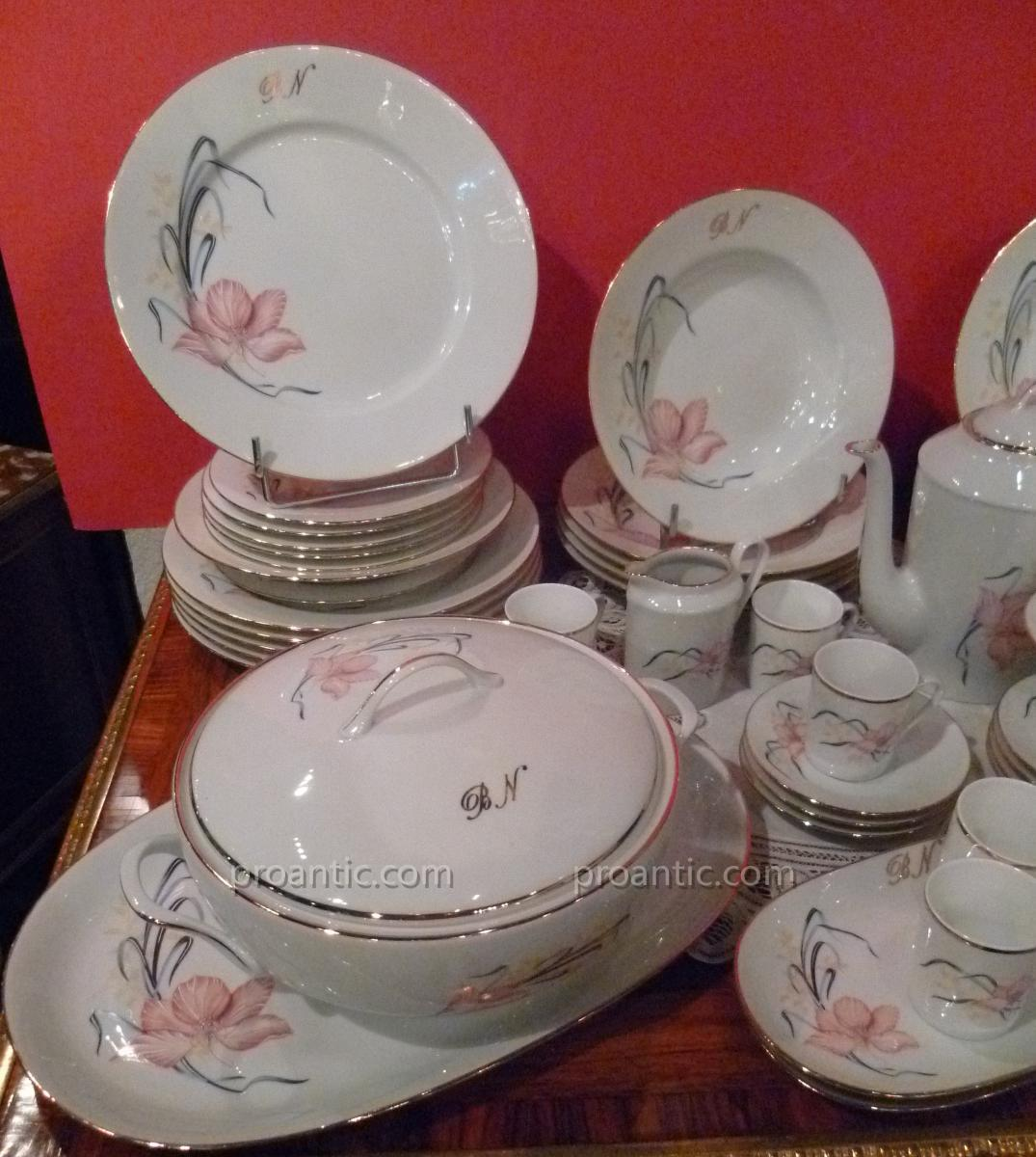 Service de table porcelaine de limoges jb de saint eloi for Service de table pas cher