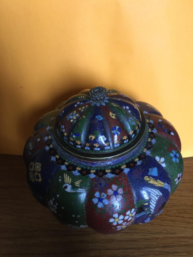 Paire de vases en émail cloisonné -photo-3
