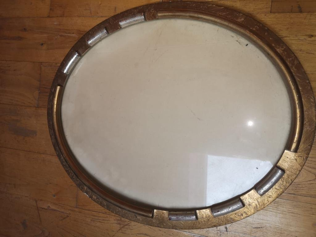 Oval Art Deco Frame With Golden And Silver Decorations