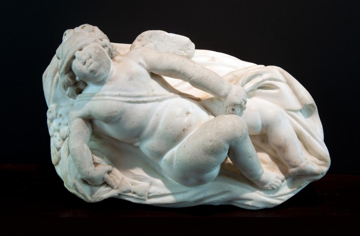 Sculpture En Marbre Blanc, Italie XVIIème Siècle. Eros Endormi