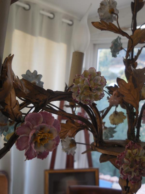 Lustre Cage Fleurs De Porcelaine Et Feuillage Tole Peinte st Louis XV  ép Début XXe  Ht 67cm, +-photo-2