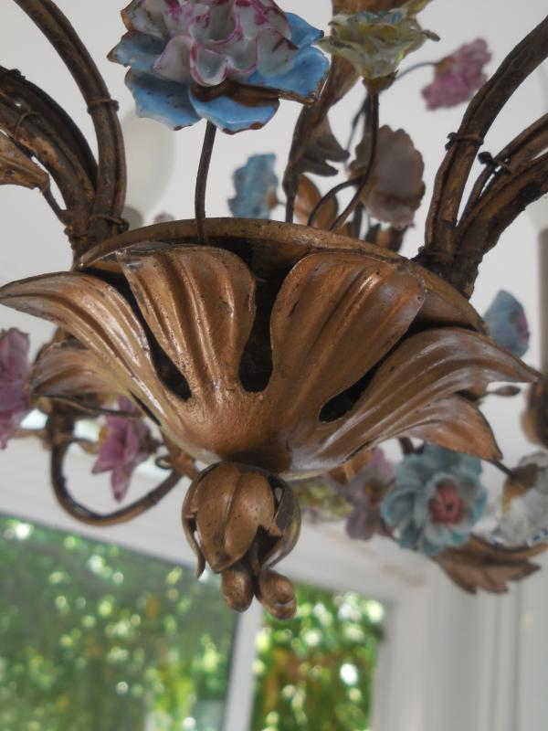 Lustre Cage Fleurs De Porcelaine Et Feuillage Tole Peinte st Louis XV  ép Début XXe  Ht 67cm, +-photo-4